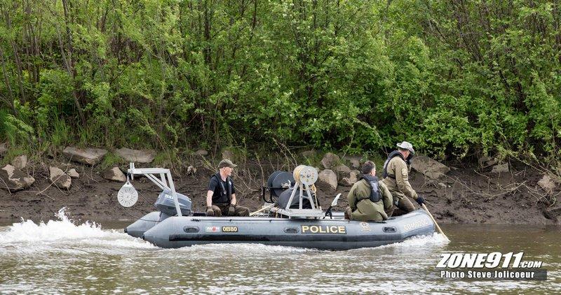 Le corps trouvé samedi à Québec: peut-être Maximilien Frenette, porté disparu